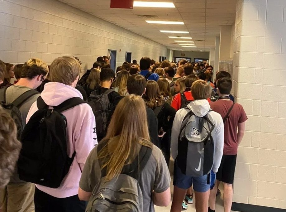 North Paulding High School in Georgia suspended student Hannah Watters for posting this photo of a crowded hallway on the first day of school. Watters tweeted Friday morning that the suspension has been rescinded.