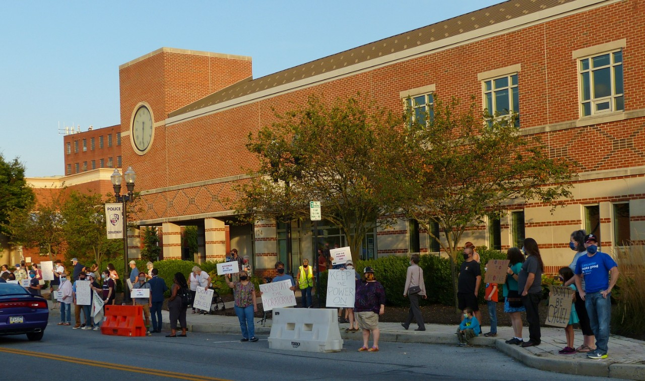 Protesters rally in opposition to Ephrata Borough's utility shutoffs outside Borough Hall on Tuesday, Sept. 8, 2020, (Source: Tim Stuhldreher)